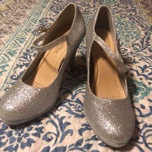Shoes - NWOT size 8.5 silver glitter heels